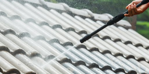 does cleaning roof damage